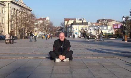 """""""E nevoie de mai multă vizibilitate pentru creaţiile rome"""" – interviu cu scriitorul Tudor-Cristian Gongu"""